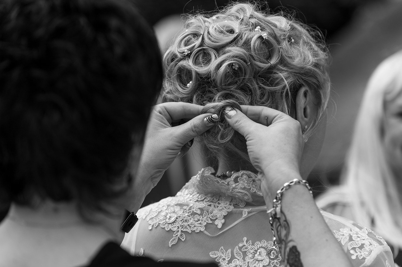 The 7 Tips for Choosing the Best Bridal Hairstyle